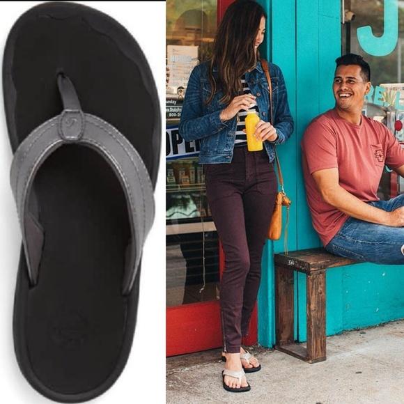 OluKai Shoes | Ohana Vegan Thong Sandal